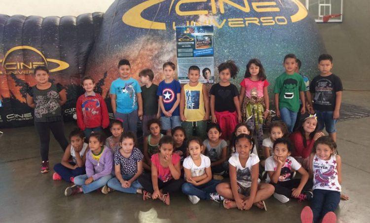 Escolas municipais recebem Planetário Itinerante