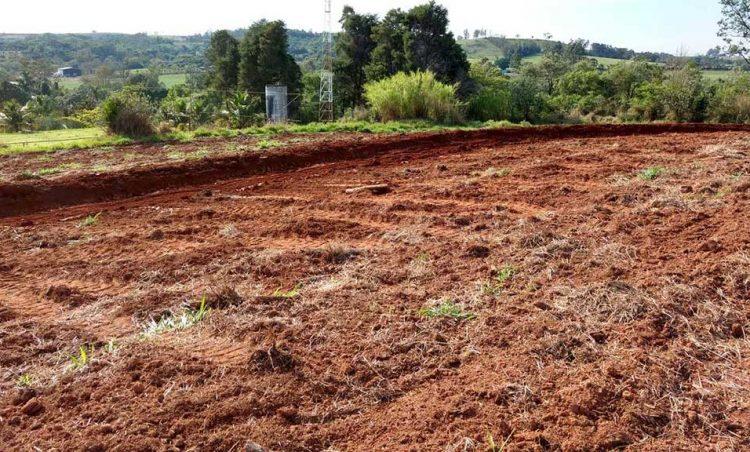 Meio Ambiente realiza terraceamento para produtores possenses