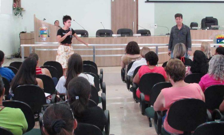 Munícipes participam de curso e aprendem sobre prevenção e segurança alimentar