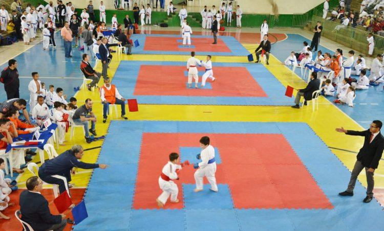 Atletas de toda região participaram do 18º KaratePosse; equipe possense foi a grande campeã