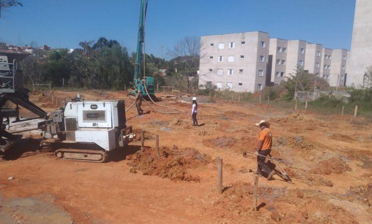 Conforme previsto no cronograma, obras da creche do bairro Vila Esperança são retomadas