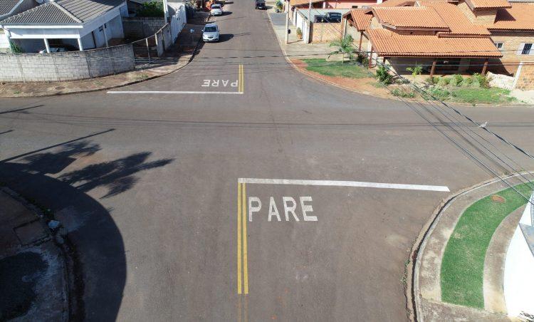 Ruas do município recebem nova sinalização horizontal