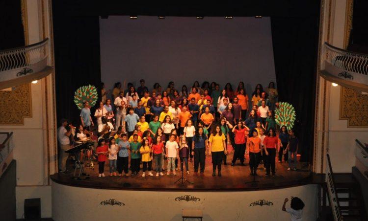 Participantes do Projeto GURI se apresentam em Espírito Santo do Pinhal