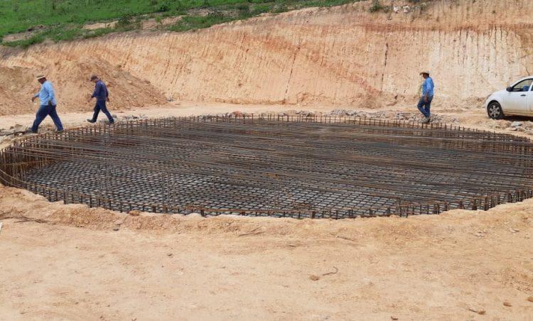 Avançam obras de construção da caixa d'água do Bela Vista