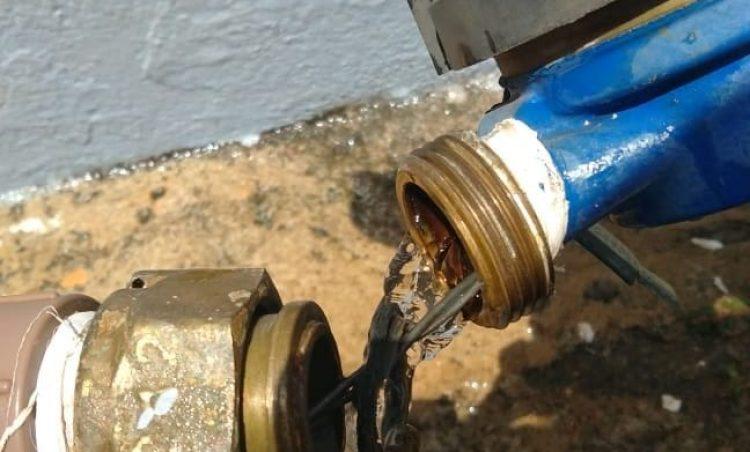 Furto de água é crime e multa pode chegar a R$3.344,00