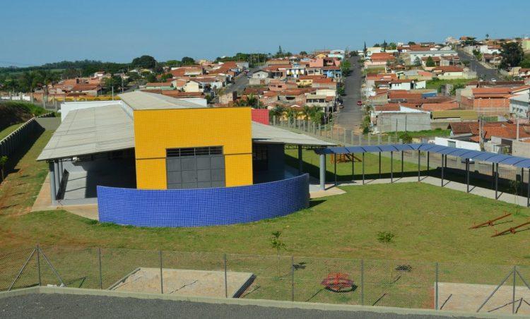 """EMEI """"Castelo da Criança"""" será inaugurada hoje"""