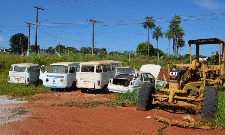 Prefeitura realizou leilão de veículos e matérias inservíveis