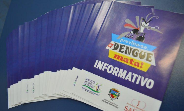 Prefeitura distribui informativo sobre a dengue