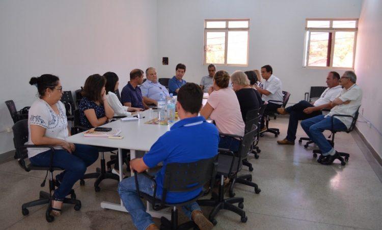 Município recebe Centro de Vigilância Sanitária – SP para discutir ações de combate ao Aedes Aegypti