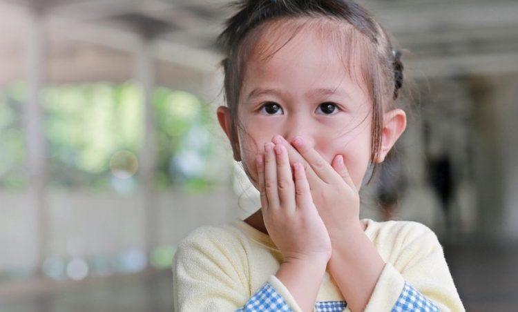 Prefeitura alerta pais de alunos da rede municipal sobre a síndrome Mão-Pé-Boca