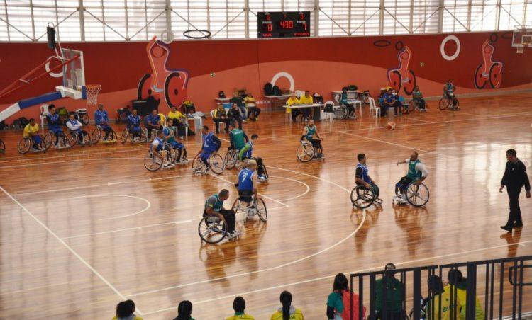 Diretor de Esportes é recebido no Centro de Treinamento Paralímpico Brasileiro