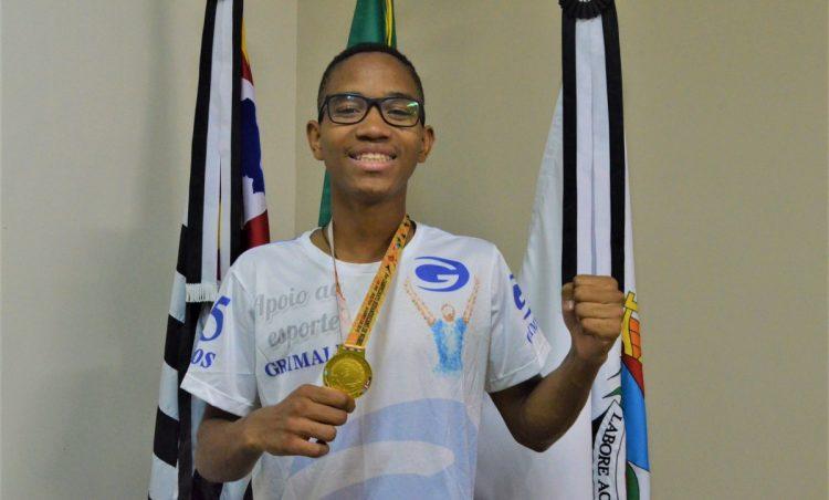 Jovem possense é campeão em campeonato sul-americano de Kung Fu