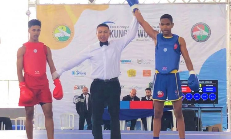 Deivison se consagra bicampeão no XXX Campeonato Brasileiro de Kung Fu Wushu
