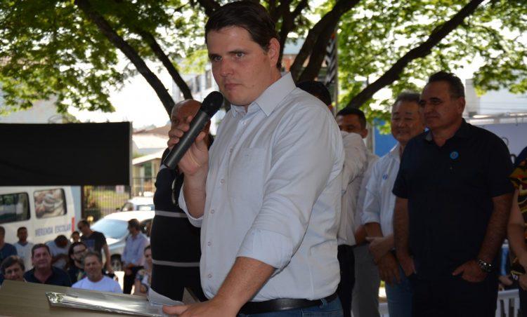 Governador em exercício, Cauê Macris anuncia verba de 800 mil para o município