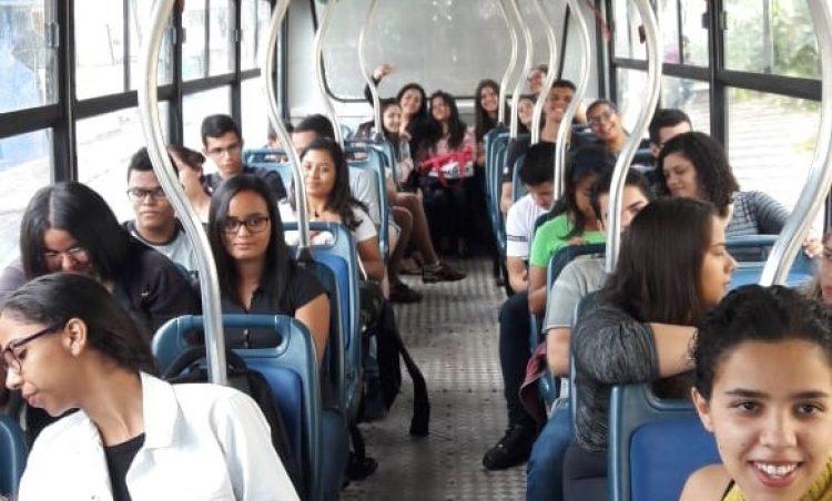 Mais uma vez, Educação realiza transporte de candidatos em dia de Enem