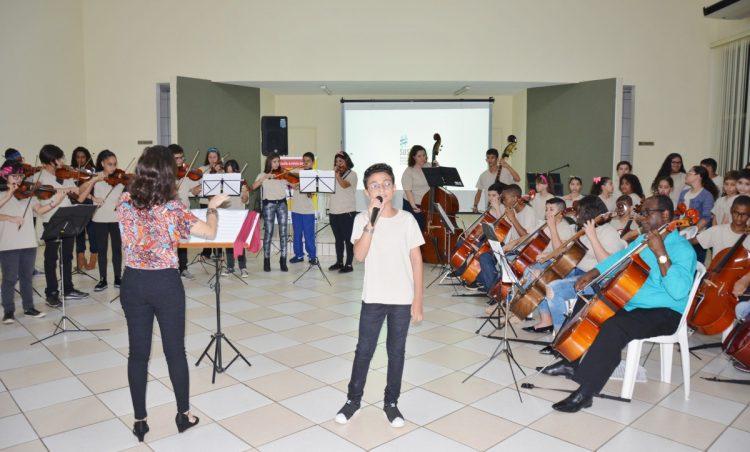 Alunos do Projeto GURI apresentam Musical de Encerramento de Ano