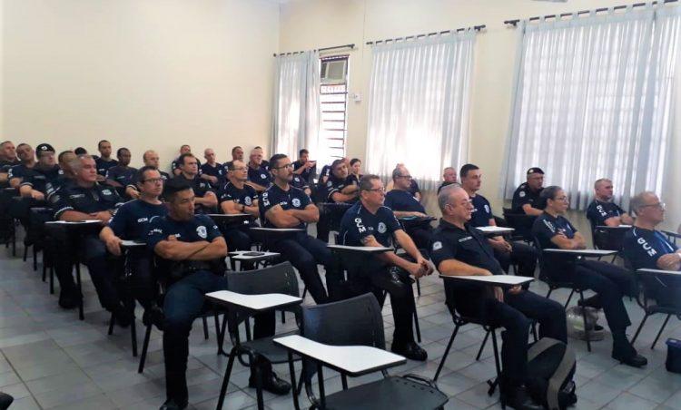 Policiais Municipais participam de curso de atualização