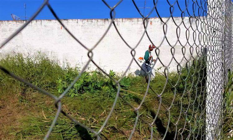 Mutirão de roçagem tem início no município