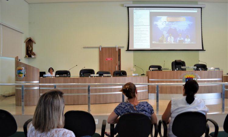 Profissionais da saúde participam de Webconferência sobre Covid-19