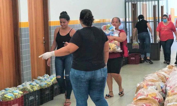 Alunos da rede municipal receberão kits de alimentação escolar