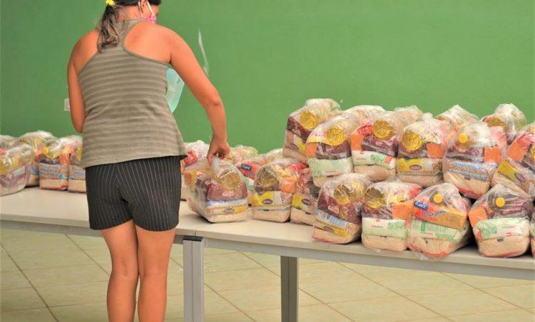 Cerca de 4 mil famílias foram beneficiadas com o Kit Alimentação Escolar