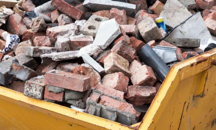 Prefeitura orienta sobre descarte de resíduos de construção