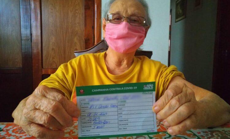 Saúde inicia a vacinação contra a COVID-19 da população idosa com 90 anos ou mais